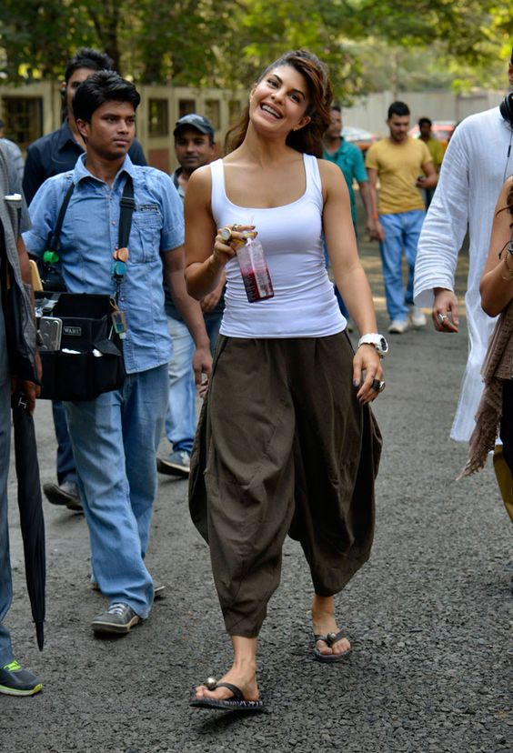 jacqueline fernandez in dhoti pants and tank top