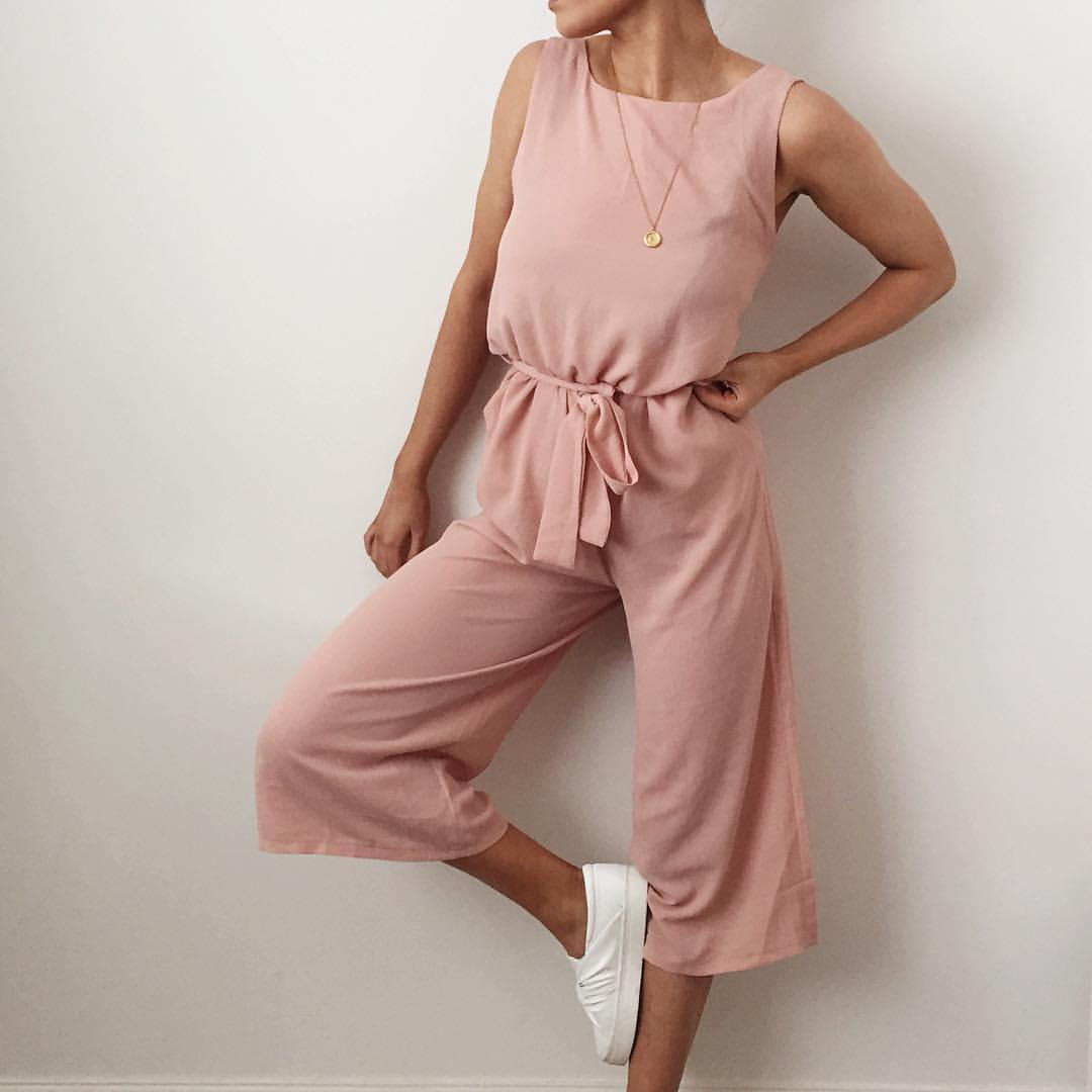 stylish pink jumpsuit for summer