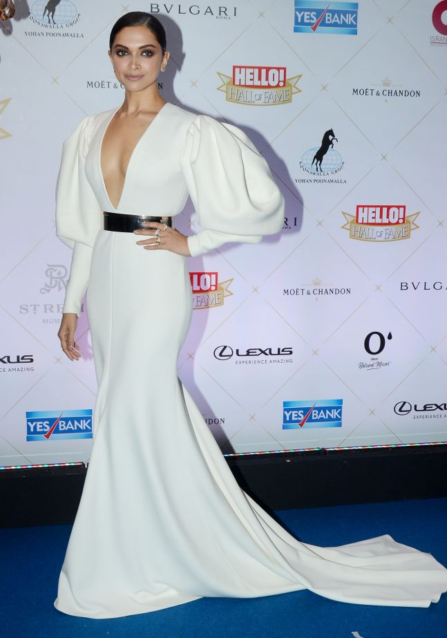 deepika in white shane and peacock gown