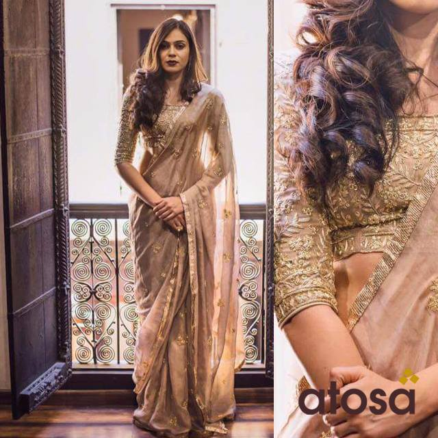 golden saree for bride at atosa ahmedabad