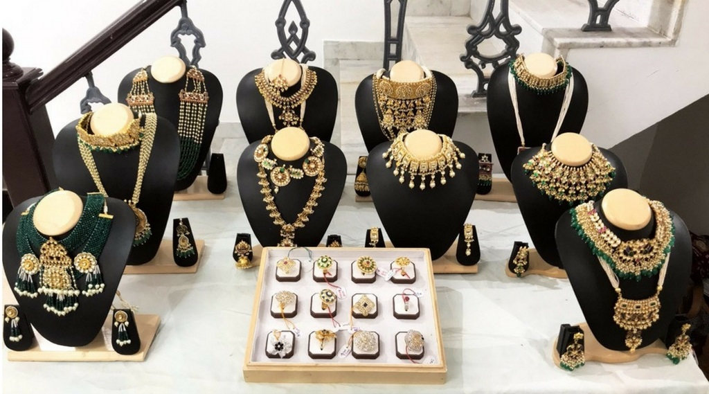 mortantra bridal jewellery exhibited at merak gallery Ahmedabad