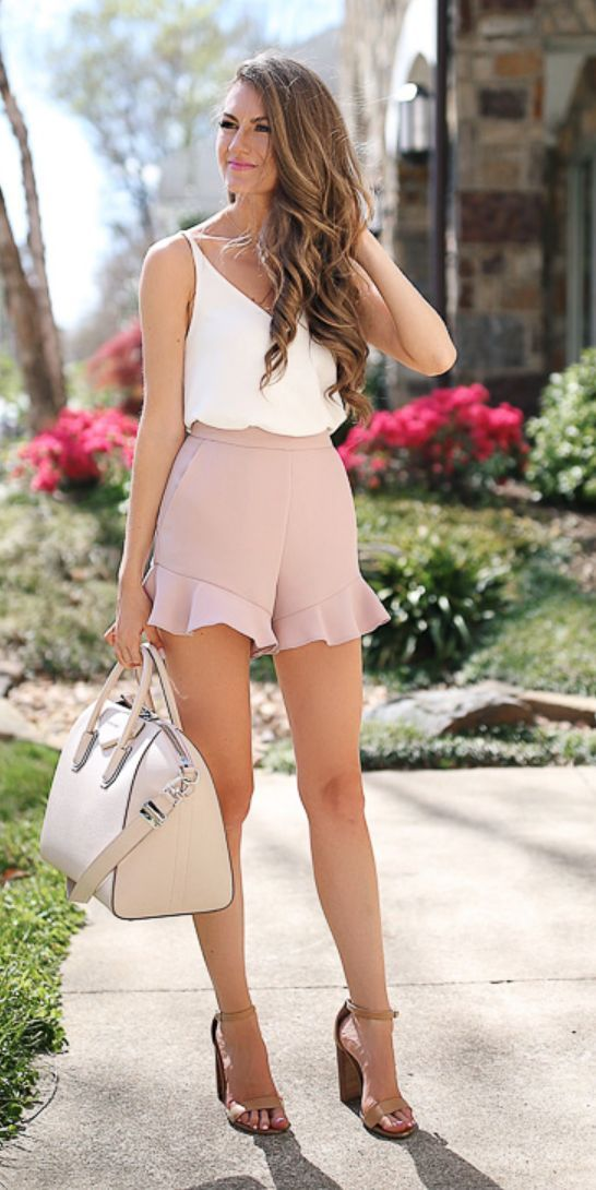 Small shorts blouse top, shopping in Ahmedabad, Fresher's fashion, fashion and lifestyle, fashion trends in Ahmedabad