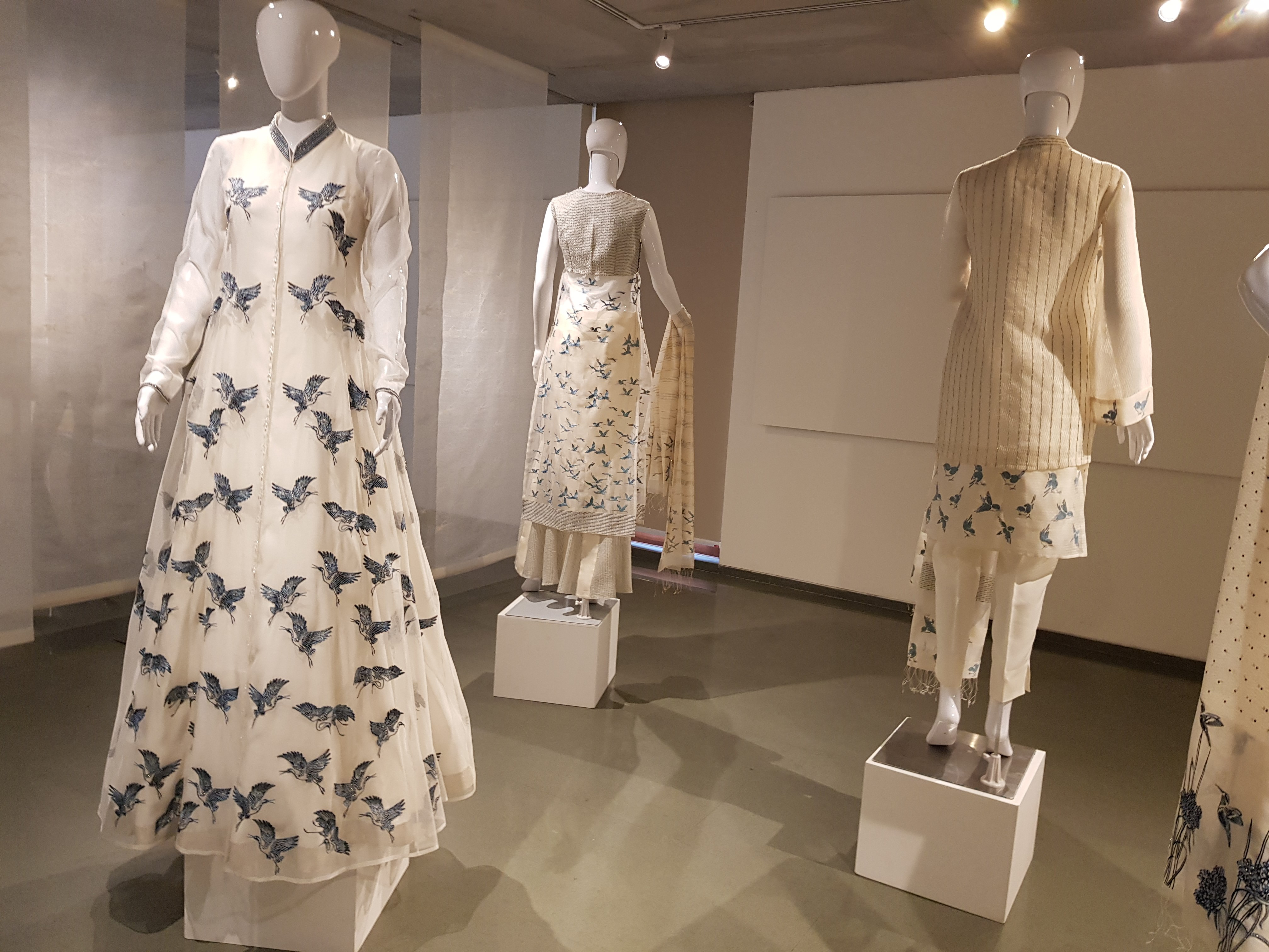 Asif Shaikh, Ciceroni, A confluence of Birds, textile exhibition, embroidery, world handmade textile Biennale, Ahmedabad, your local shopping guide, fashion, art exhibition in Ahmedabad, master embroider, fashion designer