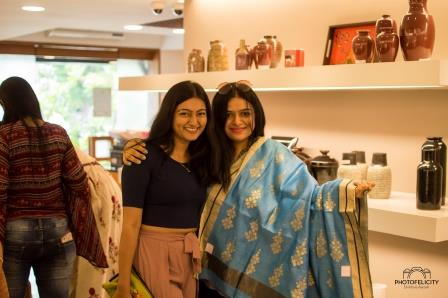 ciceroni-fashion-lifestyle-sustainablefashion-preloved garage sale- preloved fashion - yourlocalshoppingguide- optionsahmedabad - anokhi ahmedabad - preloved shopping - fashion industry- upcycled fashion - ahmedabad - baroda- surat- gujarat - shopping event