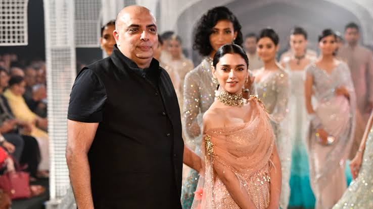 Tarun Tahiliani, Ahmedabad, ciceroni, top fashion and lifestyle portal in Gujarat, your local shopping guide, panache, indian wedding wear, plagiarism, bollywoodization, body positive, indian fashion industry, interview