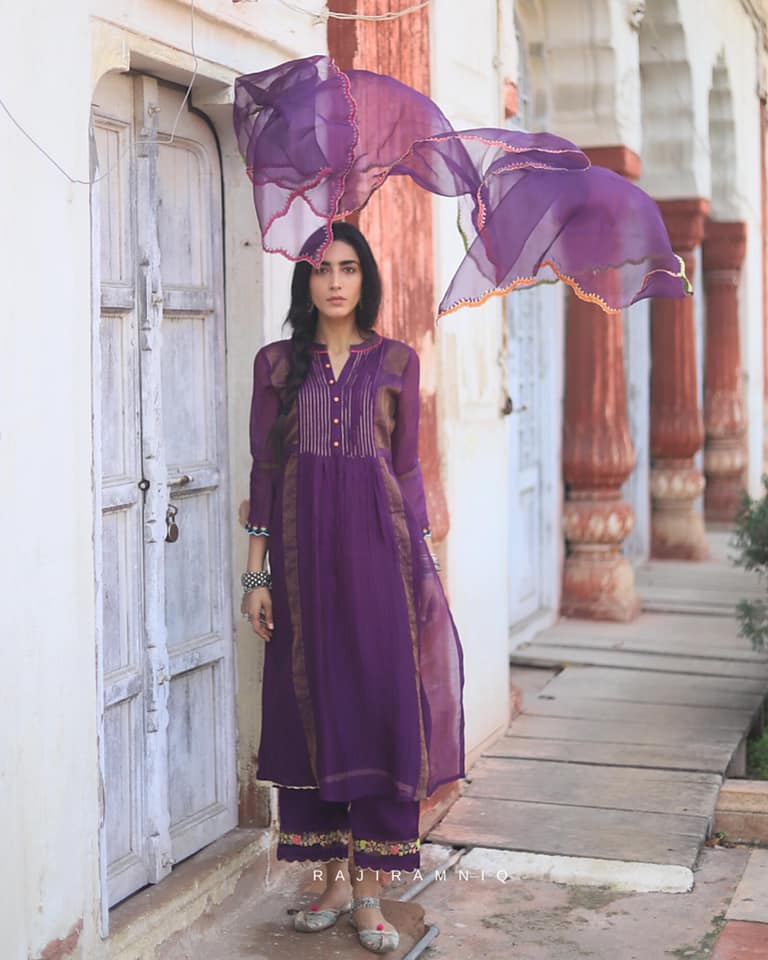 Festive Fashion 2020 – Indian Classics and Experimental