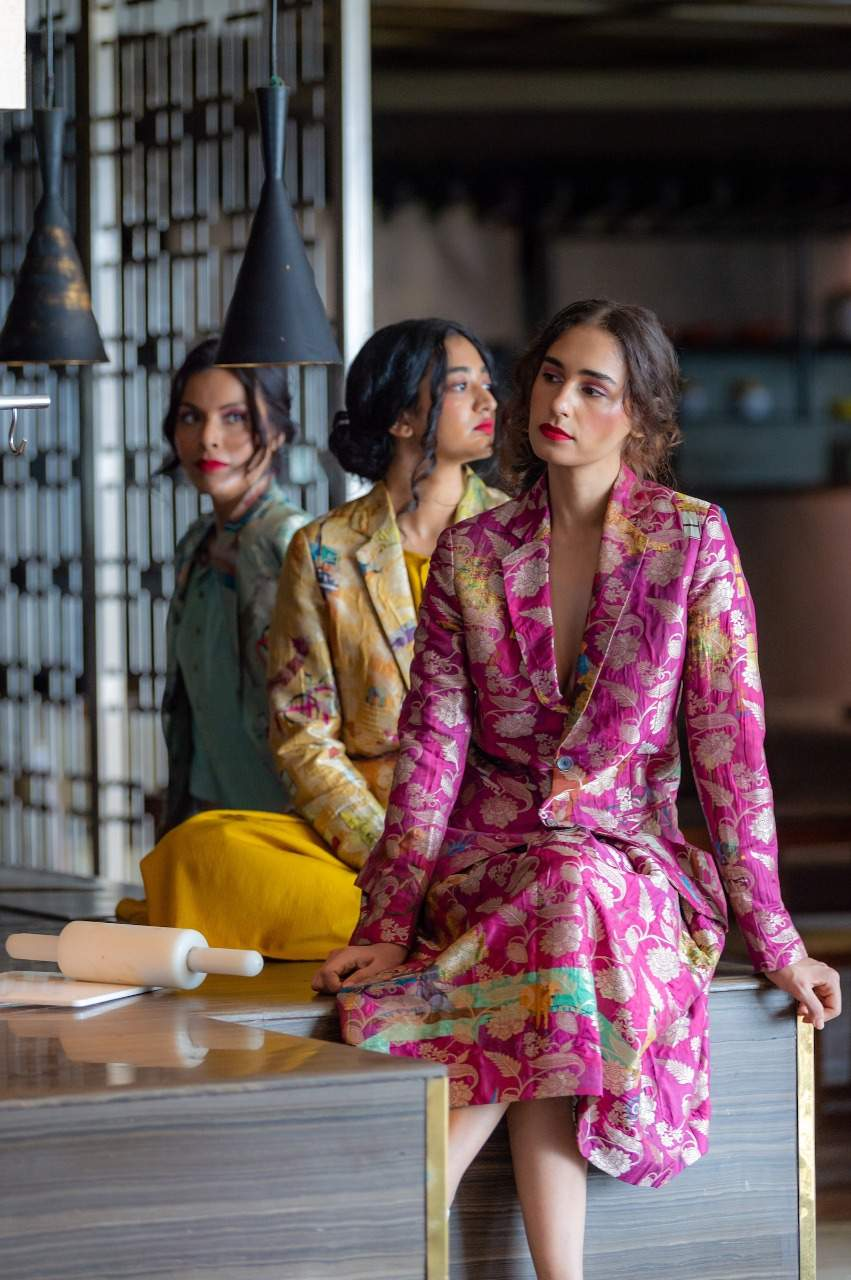 Traditional and Futuristic – Handlooms at Lakme Fashion Week Winter Festive 2020