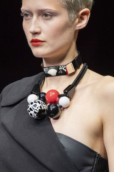 Ciceroni - 7 Accessory Trends You Must 'Not' Miss in 2021 – accessory trend 2021 – accessories – trendy masks – masks 2021 - The Newbie Must Have - The Mask -Graceful Organza Scrunchies- Maximalist Hair Clips- Colourful Layered Jewellery- Dainty Classic Pearls- Nomadic Straw Bags- Upcycled Hydration Essential
