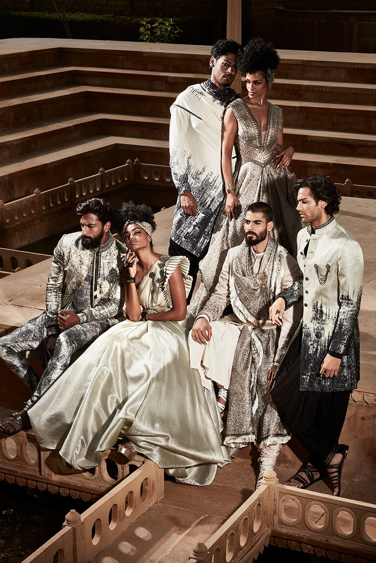 Exploring Intricacies of Life, Textiles and Fashion at India Couture Week 2021