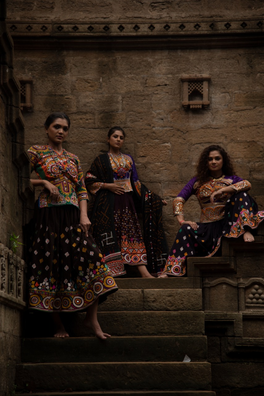 5 HOMEGROWN LABELS TO SHOP HANDLOOMS FOR NAVRATRI